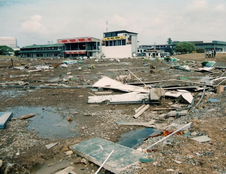 21a.Galle-Cricket-Grounds-after-tsunami-a.jpg